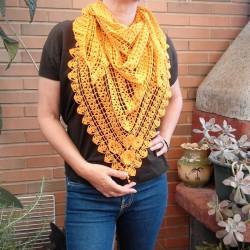 chal de pico a crochet naranja fantasía